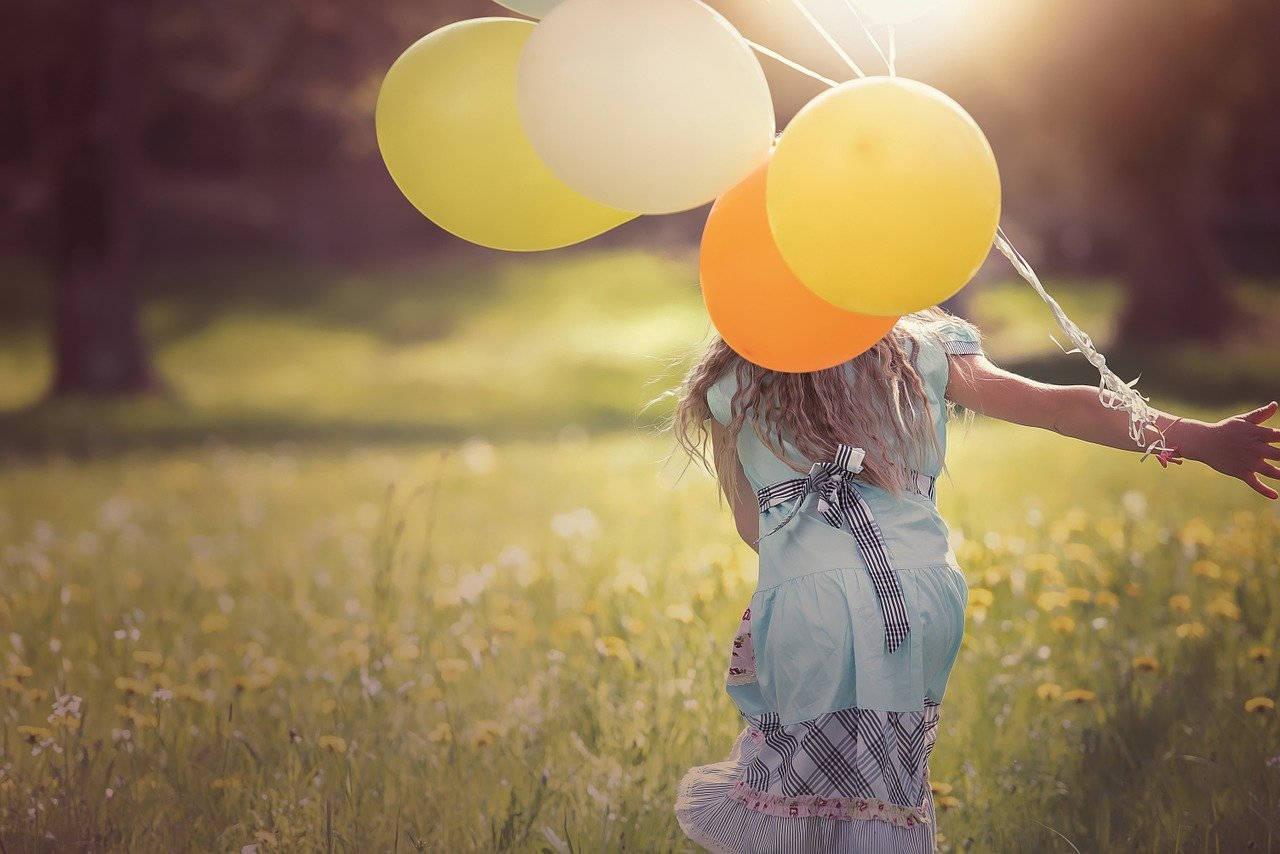 Kinder sind keine kleinen Erwachsenen und haben eine andere Aufmerksamkeit für Dinge als Erwachsene.