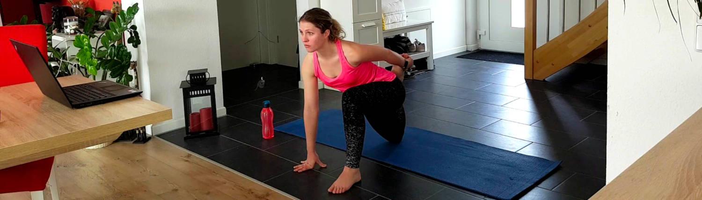 Tabata Training und Dehnübungen beim Tanzworkshop mit Carina Mayer