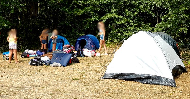 Team Wochenende - Zelte aufbauen