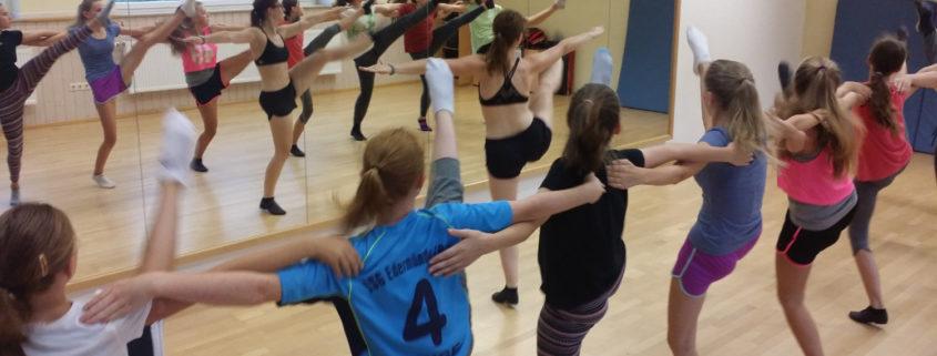 Tanzgarde beim Training